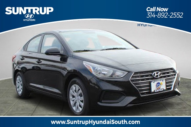 New 2019 Hyundai Accent 4-Door SE
