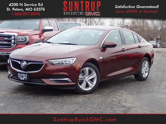 New 2018 Buick Regal Sportback Preferred Preferred 4dr Sportback In